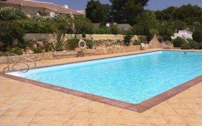 Revestimiento de piscinas en fibra de vidrio, la mejor solución